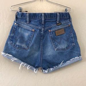 High waisted vintage wrangler shorts